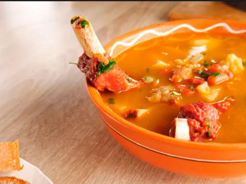 Суп с копчеными ребрами в авганском казане